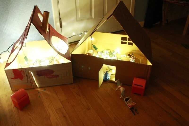 DIY Cardboard Dollhouses 45