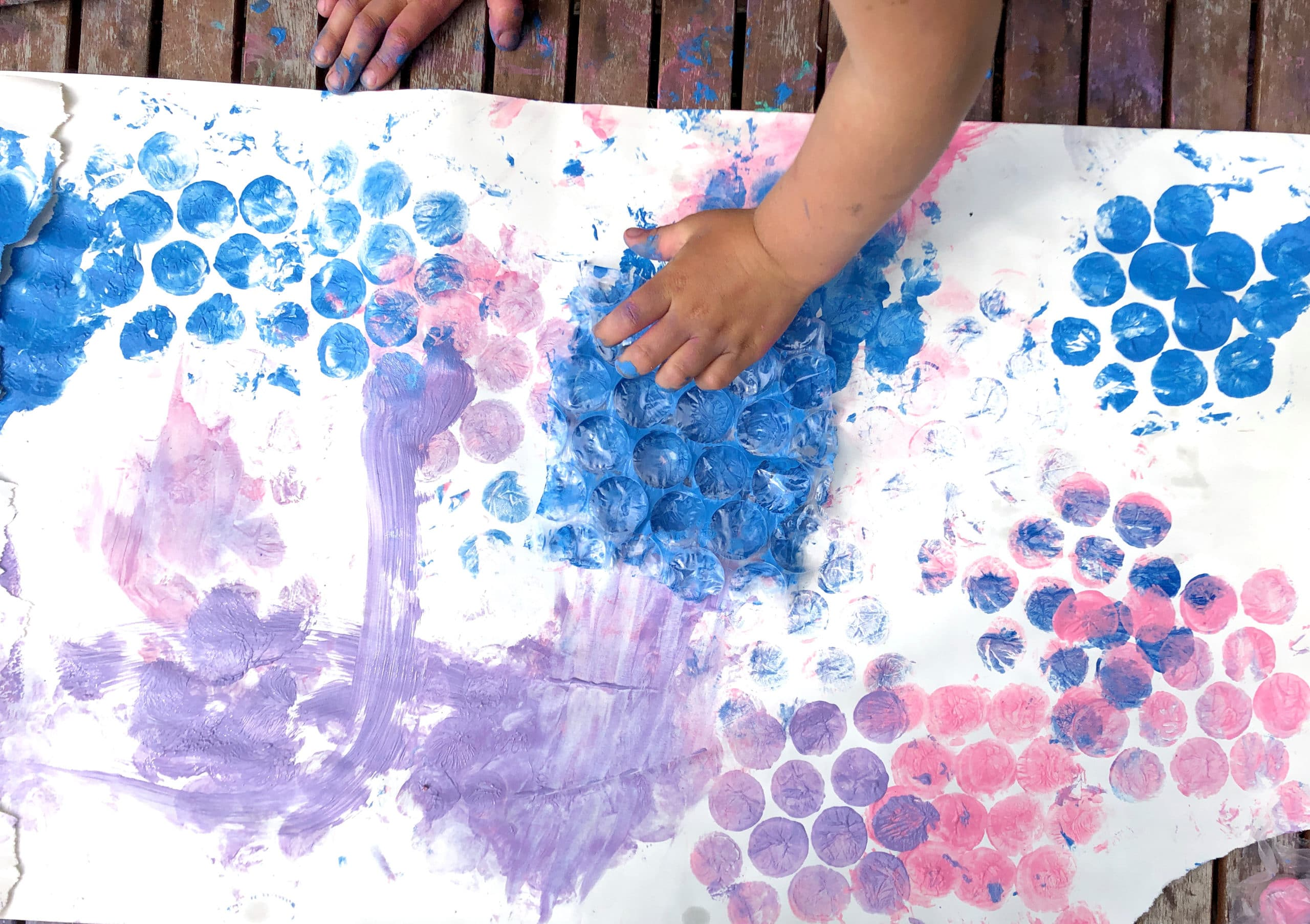 Bubble wrap printing - painting activities for preschoolers