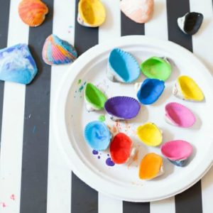 How to Make Melted Crayon Sea Shells with Beads