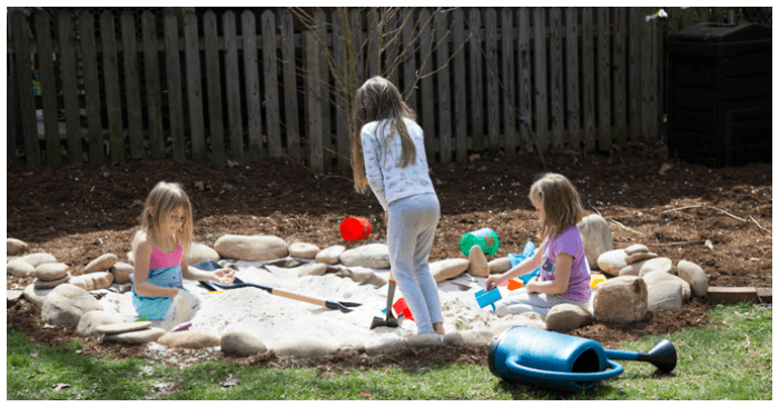 6e37d777cd How to Make a Natural Children's Sand Pit