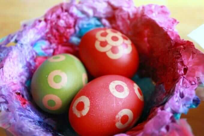 Birds Nest Craft - Using Colored Tissue Paper to Make Birds Nests