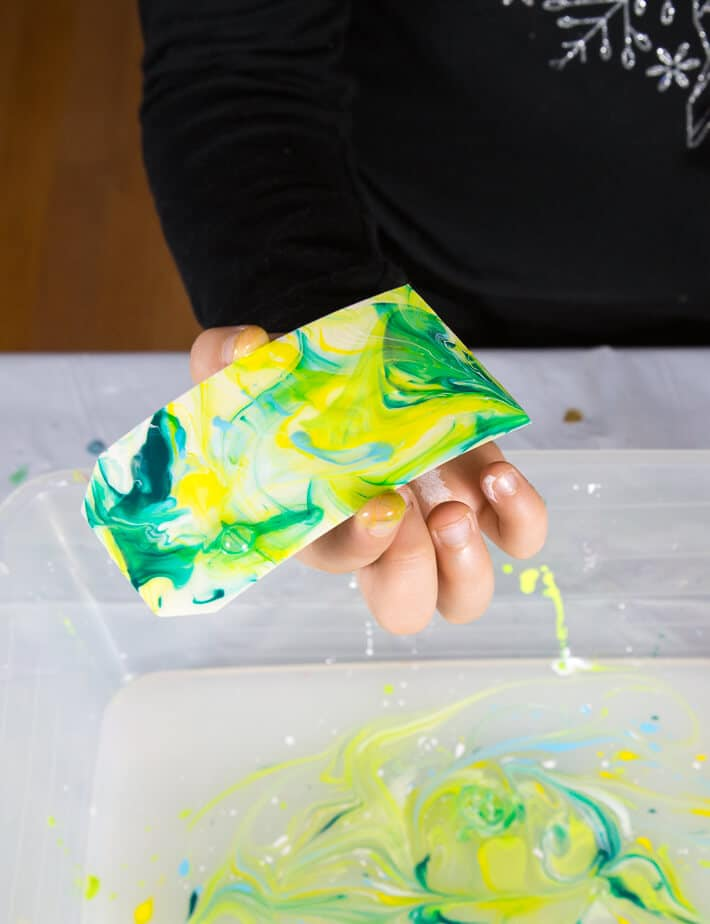 Paper Marbling with Acrylic Paint - reveal marbled paper design