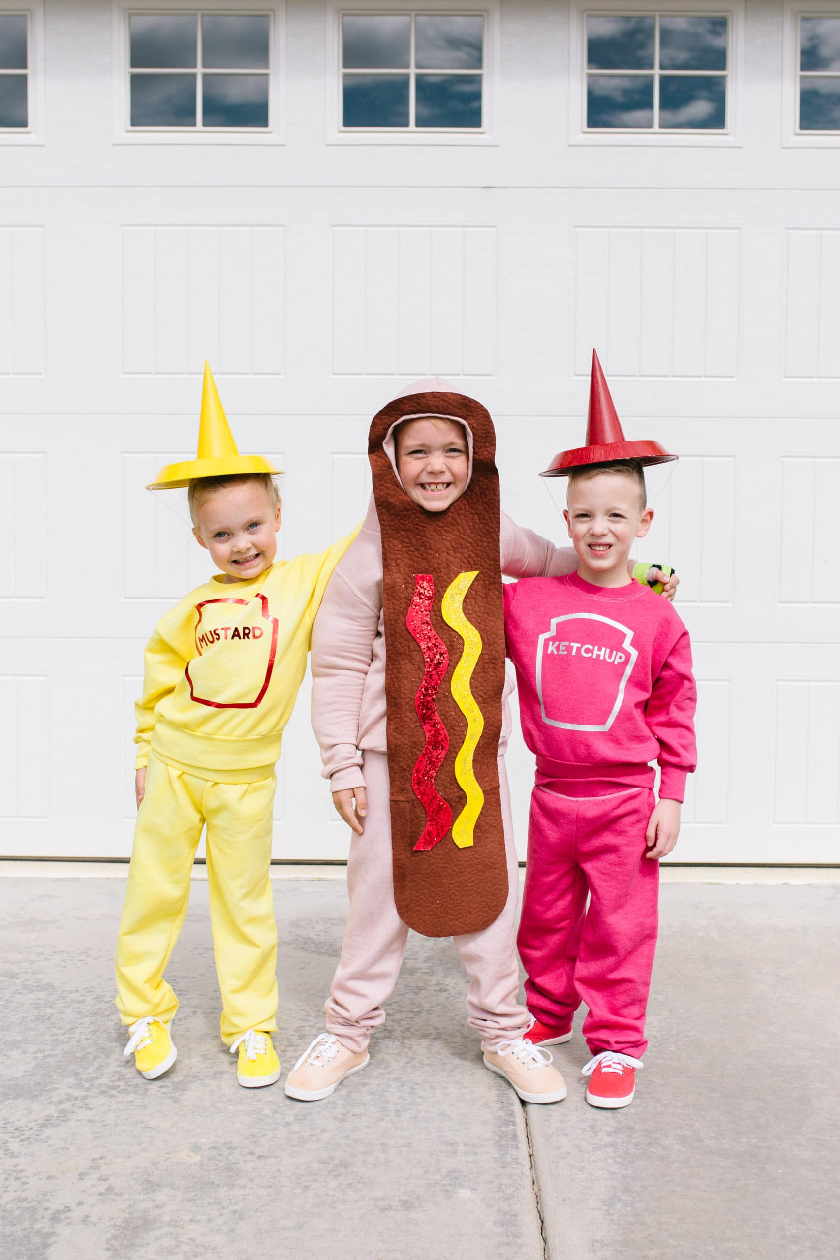 Children dressed as hot dog, ketchup, and mustard_Pretty Life Girls